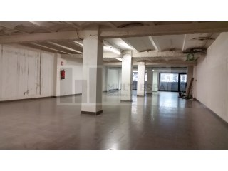 Local comercial de de 329m², Eixample |