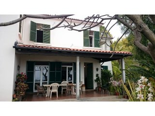 Country Home › Funchal | 4 Bedrooms + 1 Interior Bedroom