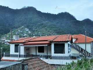 House › Santana | 3 Bedrooms | 3WC