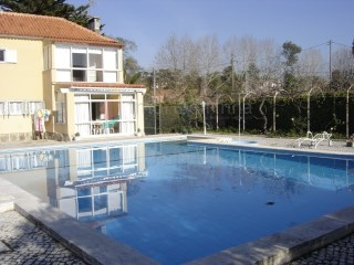 House › Sintra | 5 Bedrooms | 2WC