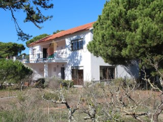 House › Sintra | 4 Bedrooms + 1 Interior Bedroom