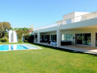 House › Cascais | 5 Bedrooms + 1 Interior Bedroom