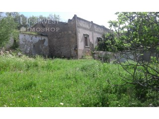 Plot of land with existing ruin in São Faustino, Algarve |
