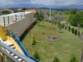 House › Vila Real | 2 Bedrooms + 1 Interior Bedroom