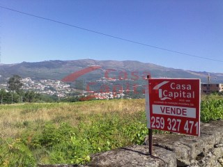 Land for construction in Vila Real |