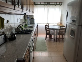 Apartment › Setúbal | 4 Bedrooms + 1 Interior Bedroom | 2WC
