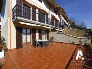 Terraced House › Hondarribia | 5 Bedrooms | 3WC