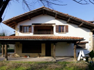 House › Irun | 7 Bedrooms | 4WC