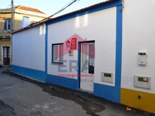 House 2 bedrooms in Peniche | 2 Bedrooms | 1WC