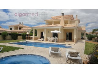 ALGARVE - Albufeira - Excellent 4 bedrooms villa with pool, for sale. | 4 Bedrooms | 4WC
