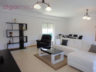 ALGARVE - Albufeira - 2 bedroom apartment for sale, with private parking, just 600 meters from the beach | 2 Bedrooms | 2WC