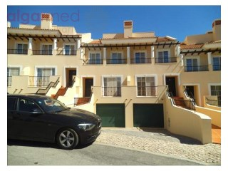 ALGARVE - Vilamoura - 4 bedroom house for sale in a development near Vila Sol, with pool and common gardens | 4 Bedrooms
