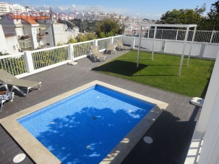 ALGARVE - Albufeira - Studio apartment for sale, fully renovated, in the city center, 5 minutes walk to the beach | 0 Bedrooms | 1WC