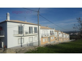 ALGARVE - Boliqueime - 3 bedroom townhouse for sale, with a 2 car garage | 3 Bedrooms