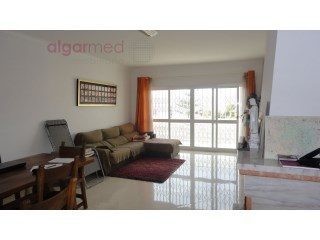 ALGARVE - Albufeira - PRICE REDUCTION! 2+1 bedroom apartment for sale in Albufeira, with private parking | 2 Slaapkamers + 1 Slaapkamer Interieur | 1WC