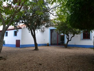 ALENTEJO - Évora - Ground floor, 3 bedroom villa, for sale with swimming pool, in a village near Évora | 3 Zimmer | 2WC