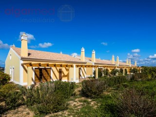 ALGARVE - Lagos - 1+1 bedroom houses for sale in a fantastic development, right in front of the sea | 1 Kamer + 1 kamer Interieur | 2WC