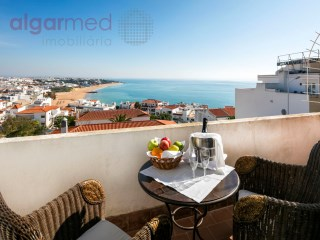 ALGARVE - Albufeira - 3 bedroom apartment for sale, with stunning views to the sea and the city | 2 Kamers | 1WC