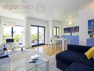 ALGARVE - Albufeira -  Renovated 1 bedroom apartment, for sale in the Albufeira Marina, with private parking | 1 Zimmer | 1WC