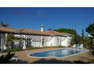 ALGARVE - Albufeira - Beautiful one storey villa with 3 bedrooms, for sale near the Falésia beach | 3 Slaapkamers | 3WC