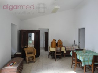 ALGARVE - São Brás de Alportel - Old house to renovate with land, for sale | 2 Slaapkamers | 2WC