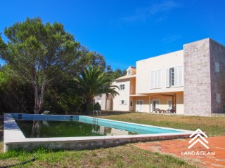 Farm 6 bedrooms, with main house and several attachments in a quiet, private and relieved location. | 6 Bedrooms | 5WC