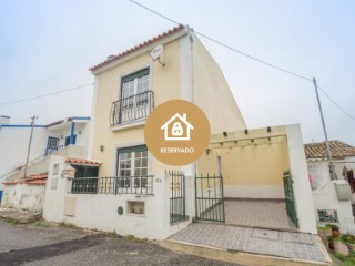 House › Sobral de Monte Agraço | 2 Bedrooms | 2WC