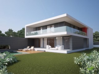 Luxury villa in Cascais | 5 Bedrooms | 2WC