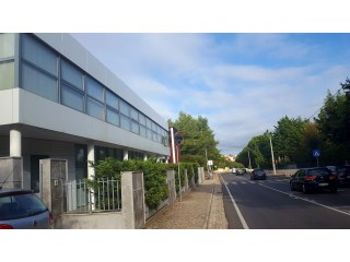 Equipped office in Cascais for sale |