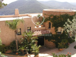 Manor House › Sant Joan de Labritja |