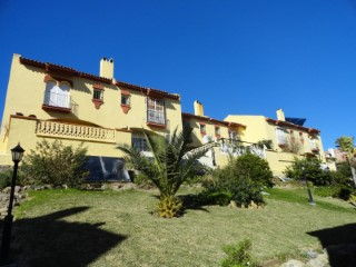 Townhouse next to the sea in Manilva Costa. | 3 Bedrooms | 2WC