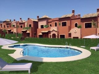 Townhouses in the heart of the Costa del Sol: Estepona | 3 Bedrooms | 2WC