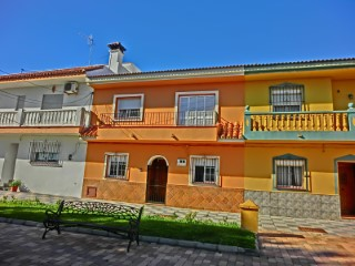 Town house near Sotogrande, ideal for residence |