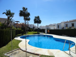 Apartment on first floor with solarium in Casares Costa. | 3 Bedrooms | 2WC