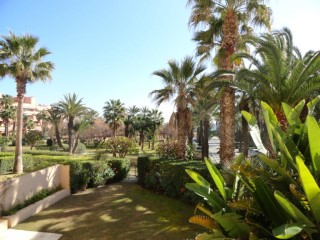 Apartment in first-line of beach in the area of the port of Sotogrande | 3 Bedrooms | 2WC