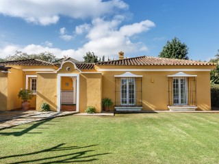 Magnificent villa exclusively in perfect condition in Sotogrande Costa | 3 Bedrooms | 3WC