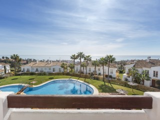 Spectacular townhouse in Alcaidesa with panoramic views to the sea 400 meters from the beach  | 3 Bedrooms | 3WC
