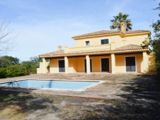 Single Family Home › San Roque | 5 Bedrooms | 5WC