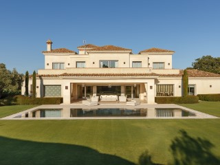 Spectacular villa in the San Roque Club Old Course golf course | 6 Bedrooms | 7WC