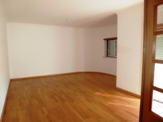 Apartment › Ourém | 3 Bedrooms | 2WC