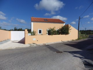 House 3 bedrooms all recovered near the beach