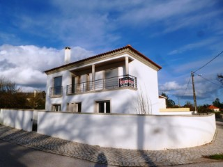 House › Batalha | 4 Bedrooms | 5WC