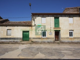 House › Granucillo | 3 Bedrooms