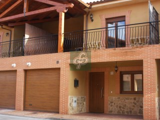 Villa › Villanueva de Azoague | 3 Bedrooms