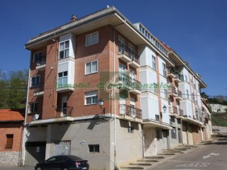Flat › Benavente | 5 Bedrooms | 2WC