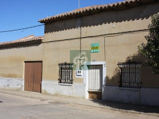 House › Santa Cristina de la Polvorosa | 2 Bedrooms | 1WC