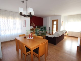 Flat › Benavente | 2 Bedrooms | 2WC