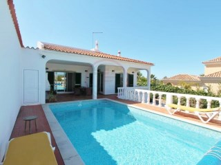 Villa near Almancil, with 2 bedrooms, pool and sea views | 2 Bedrooms + 1 Interior Bedroom | 2WC