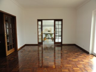Apartment › Lisboa | 5 Bedrooms | 6WC
