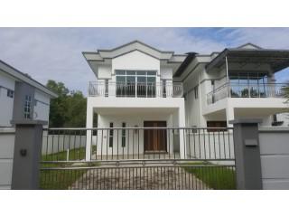 Semi-Detached House - Valor Property Agency